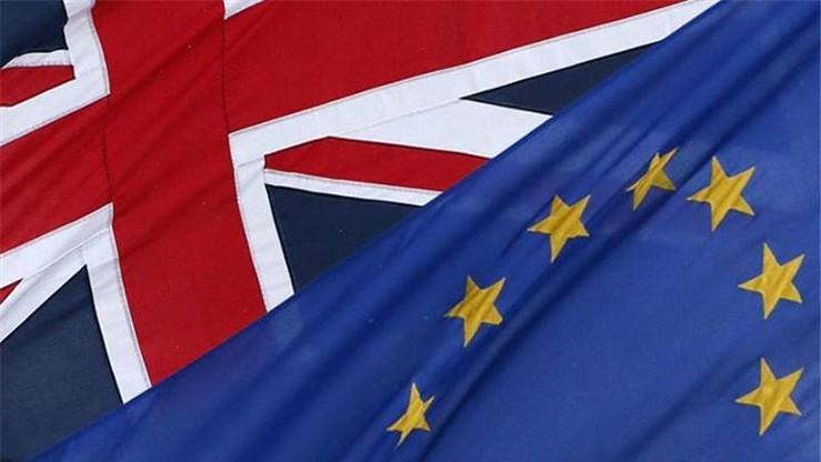 """""""Sędziowie kontra naród"""". Brytyjska prasa o decyzji Trybunału ws. Brexitu"""