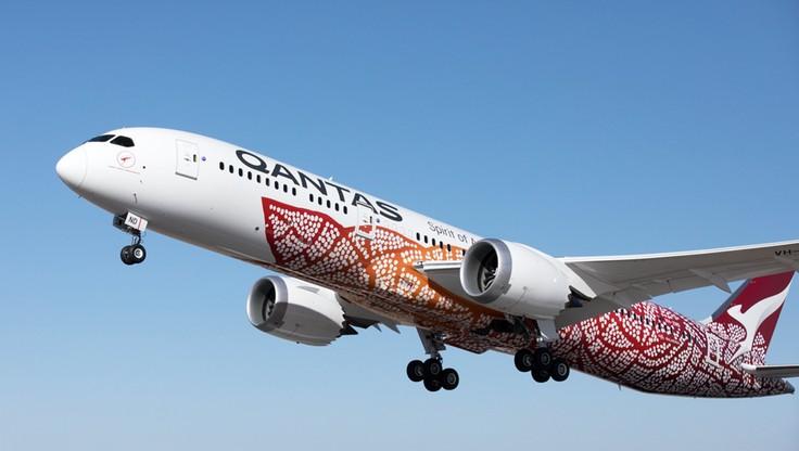 Pierwszy bezpośredni lot z Australii do Wielkiej Brytanii. Samolot leciał ponad 17 godzin
