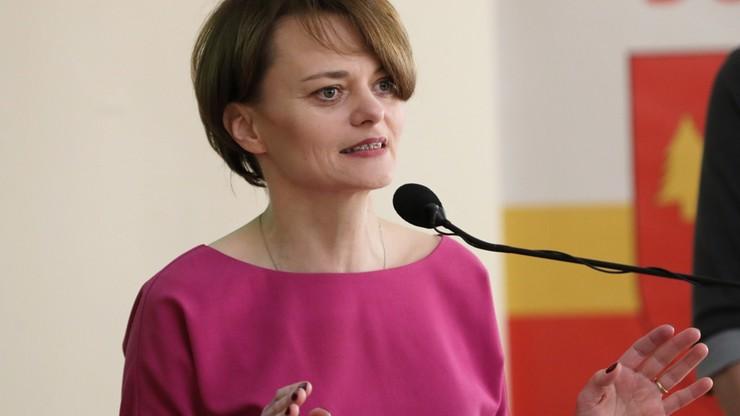 Emilewicz chce wydłużyć okres prac nad rządowym raportem ws. zakazu handlu w niedzielę