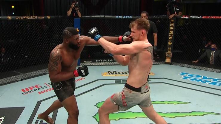 UFC Fight Night: Blaydes wymęczył triumf nad Wołkowem. Wyniki gali