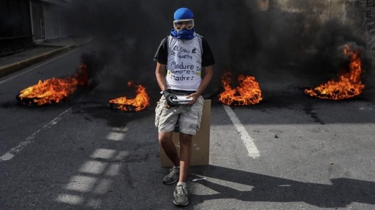 Wenezuela: po 100 dniach protestów opozycja przygotowuje referendum