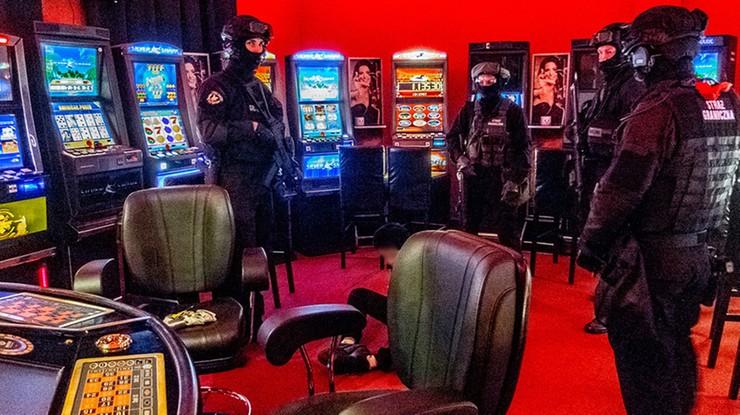 W Wólce Kosowskiej zlikwidowano nielegalne kasyna. Kara może wynieść 4 mln zł