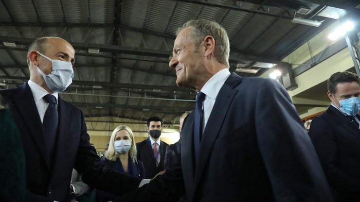 Donald Tusk: PiS chce zniszczyć Romana Szełemeja, ale nie mają szans