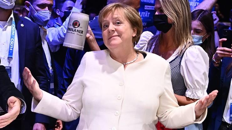 """Niemcy. Merkel dopinguje CDU/CSU do wspólnego """"ostatecznego zrywu"""" przed niedzielnymi wyborami"""