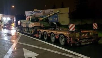 Przewozili czołgi na lawetach. Mogą zapłacić nawet 25 tys. złotych kary