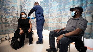 Szczepionka Johnson&Johnson zatwierdzona do użycia w USA