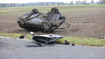 """Podsumowanie akcji """"Znicz"""". Policja podała liczbę ofiar i wypadków"""