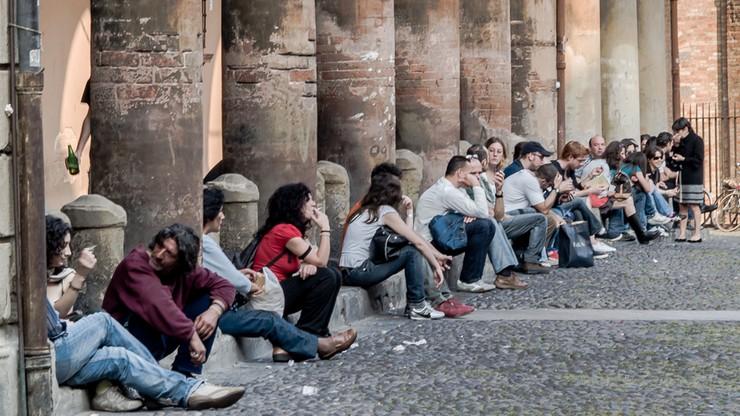 Włochy: życie singla droższe niż w rodzinie