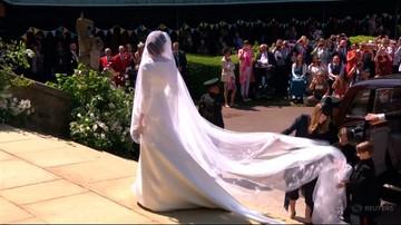 Kwiaty na sukni ślubnej Meghan Markle miały wymiar polityczny. Każdy z nich oznaczał inne państwo