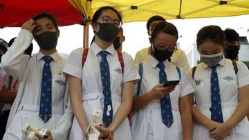 Hongkońscy uczniowie bojkotują szkołę i demonstrują w centrum miasta