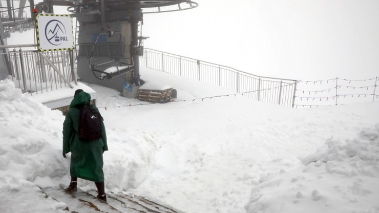 Powrót zimy w Tatrach. Śnieg po kolana