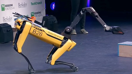 Oto najnowsza, przedsprzedażowa wersja robota SpotMini od Boston Dynamics