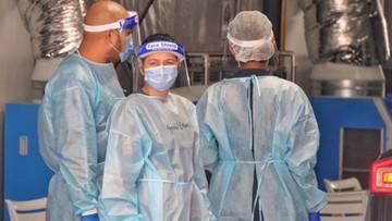 WHO: koronawirus ewoluuje i ma nad nami przewagę
