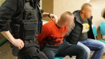 Pseudokibice zaatakowali mniejszość romską w Zabrzu. Aresztowano 10 osób