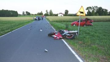 Śmierć motocyklisty. Uderzył w skręcające auto