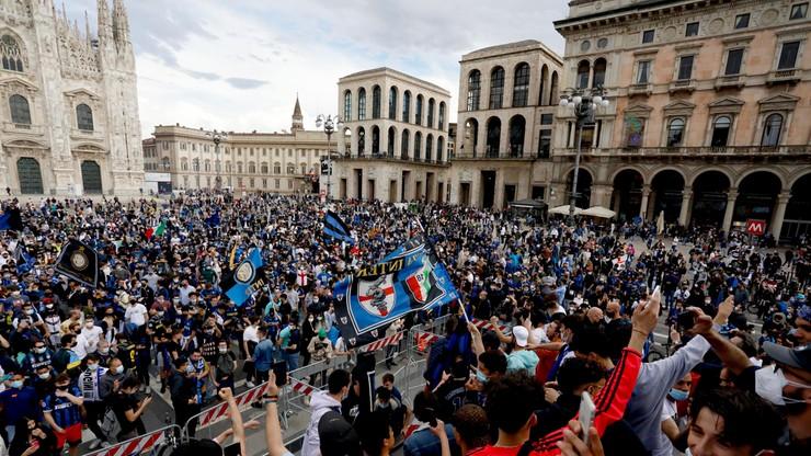 Sytuacja wyrwała się spod kontroli! Wirusolodzy załamują ręce po ekscesach kibiców w Mediolanie