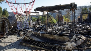 Rezydencje gwiazd strawione przez ogień. Celebryci uciekali przed żywiołem w Kalifornii