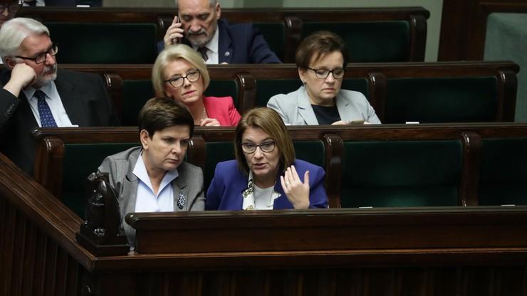 Sejm przeciw odrzuceniu w pierwszym czytaniu noweli budżetu na 2017 rok. Oszczędności m.in. na media publiczne