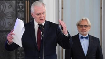 """""""W ciągu kilkunastu miesięcy 70 proc. Polaków będzie nosicielami"""". Gowin o koronawirusie"""