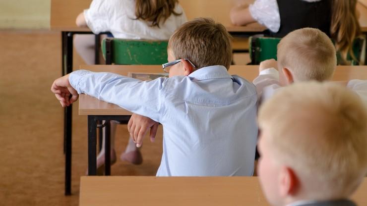 Powrót nauki stacjonarnej. Dzieci wracają do szkół