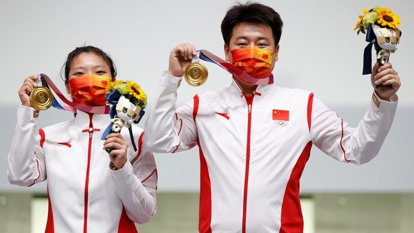 Tokio 2020: Jiang Ranxin i Pang Wei ze złotym medalem w strzelaniu z pistoletu pneumatycznego