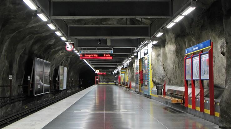 Przed stacją metra pod Sztokholmem znaleziono ładunek wybuchowy