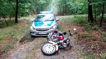 Uciekał przed policją do lasu. Motocyklista stanie przed sądem