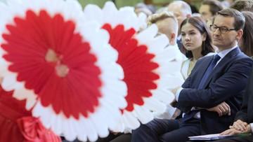 Premier: podczas wakacji mówmy o Polsce dobrze, pokazując jej piękno