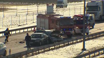 Zderzenie czterech aut na A2 w stronę Warszawy. Trzy osoby ranne