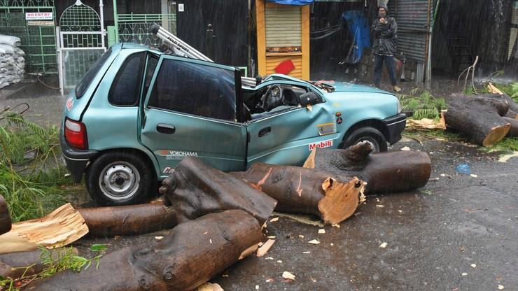 Indie: cyklon Tauktae pustoszy kraj. Tysiące ewakuowanych