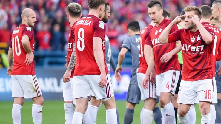 Kłopoty Wisły Kraków przed kluczowym meczem sezonu