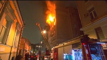 Pożar zabytkowej kamienicy w centrum Moskwy. Ogień szalał kilka godzin