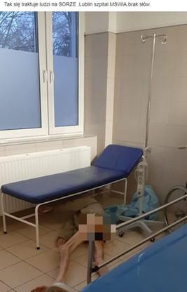 Mężczyzna, który trafił na Szpitalny Oddział Ratunkowy szpitala MSWiA w Lublinie przez kilka godzin miał leżeć bez spodni na podłodze.