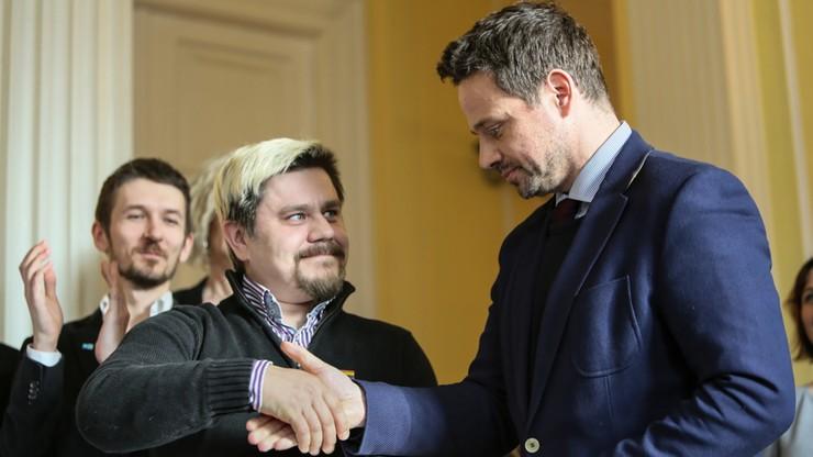 Prezydent Warszawy podpisał deklarację na rzecz społeczności LGBT+