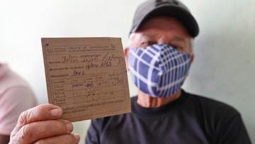 Certyfikat szczepień ważny przez rok? Apel włoskiego wiceministra