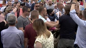 Szarpanina na wiecu Andrzeja Dudy. Zwolennicy kontra przeciwnicy prezydenta