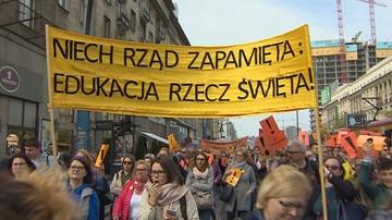 """Część nauczycieli przeciw zawieszeniu strajku. """"Czujemy się zdradzeni. Broniarz musi odejść"""""""