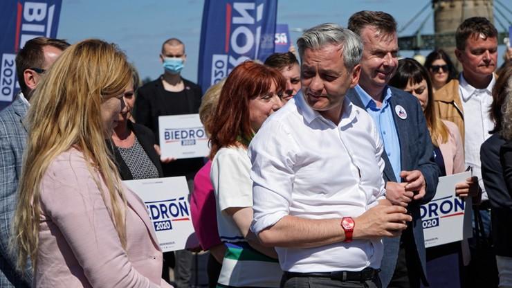 Prezydent zaprosił do siebie Roberta Biedronia, jego matkę oraz aktywistę LGBT