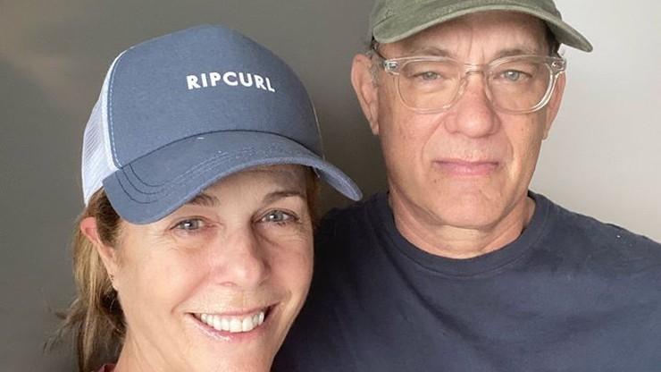 Tom Hanks z żoną powrócili do USA. Zakończyli izolację