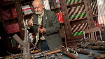 Powstaniec walczył o zwrot kolekcji broni. Teraz zbiera pieniądze, aby ją wyeksponować