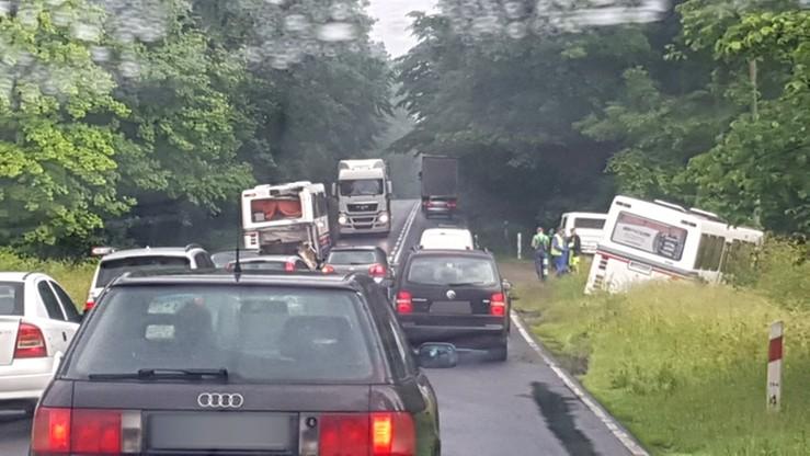 Zderzenie dwóch autobusów w pobliżu Grabówna