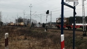 Pociąg zgubił wagony, które zablokowały przejazd
