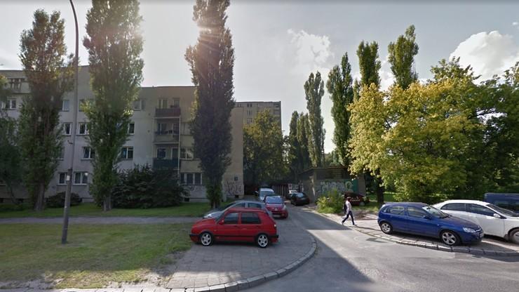 Pożar w bloku w Warszawie. Nie żyje osoba, która wyskoczyła z okna