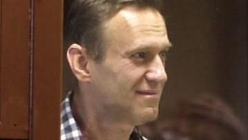 """Nawalny przekazał pierwszą wiadomość. """"Jest w areszcie śledczym Kolczugino"""""""