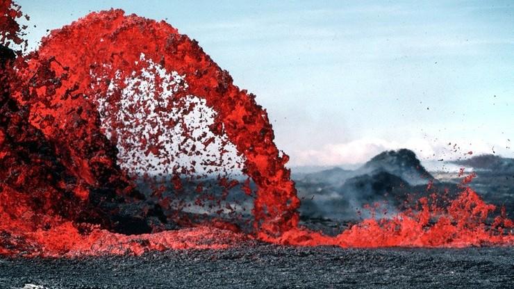 Stan alarmowy w Hiszpanii. Mieszkańcom grozi wybuch wulkanu