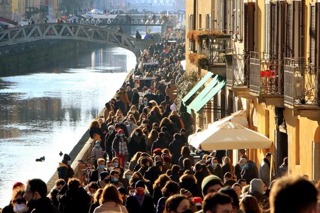 Tłumy w Mediolanie