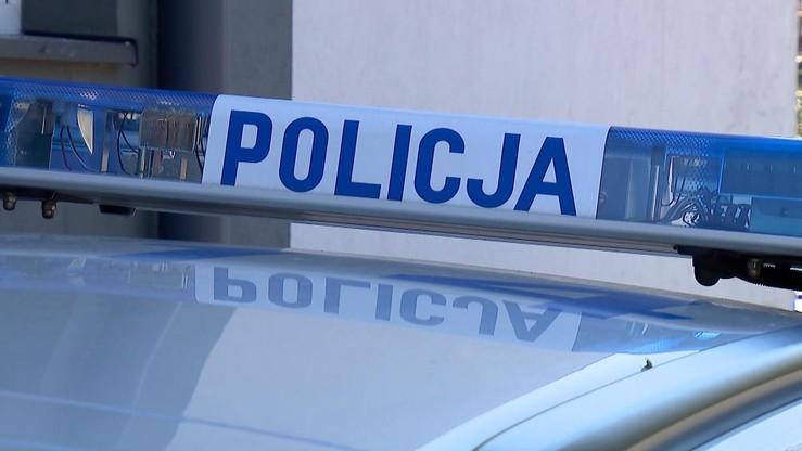 Nadpalone zwłoki niedaleko remizy strażackiej. Prokuratura w Słupsku wszczęła śledztwo