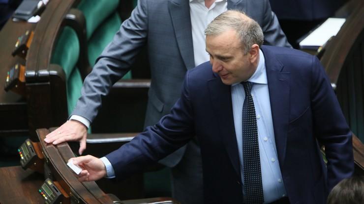Schetyna: PiS wstrzymuje zmiany w sądownictwie ze względu na przyjazd Trumpa