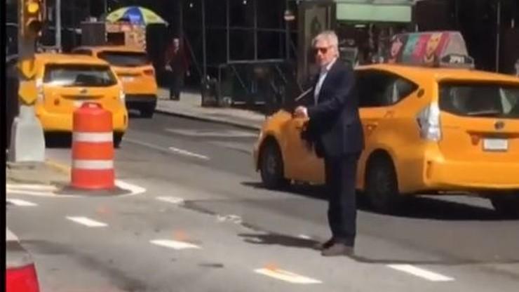 Harrison Ford utknął w korku. Wysiadł z auta i... zaczął kierować ruchem