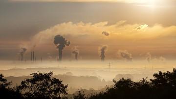 Procedura wobec Polski ws. jakości powietrza. Minister zapowiada dofinansowania dla najuboższych
